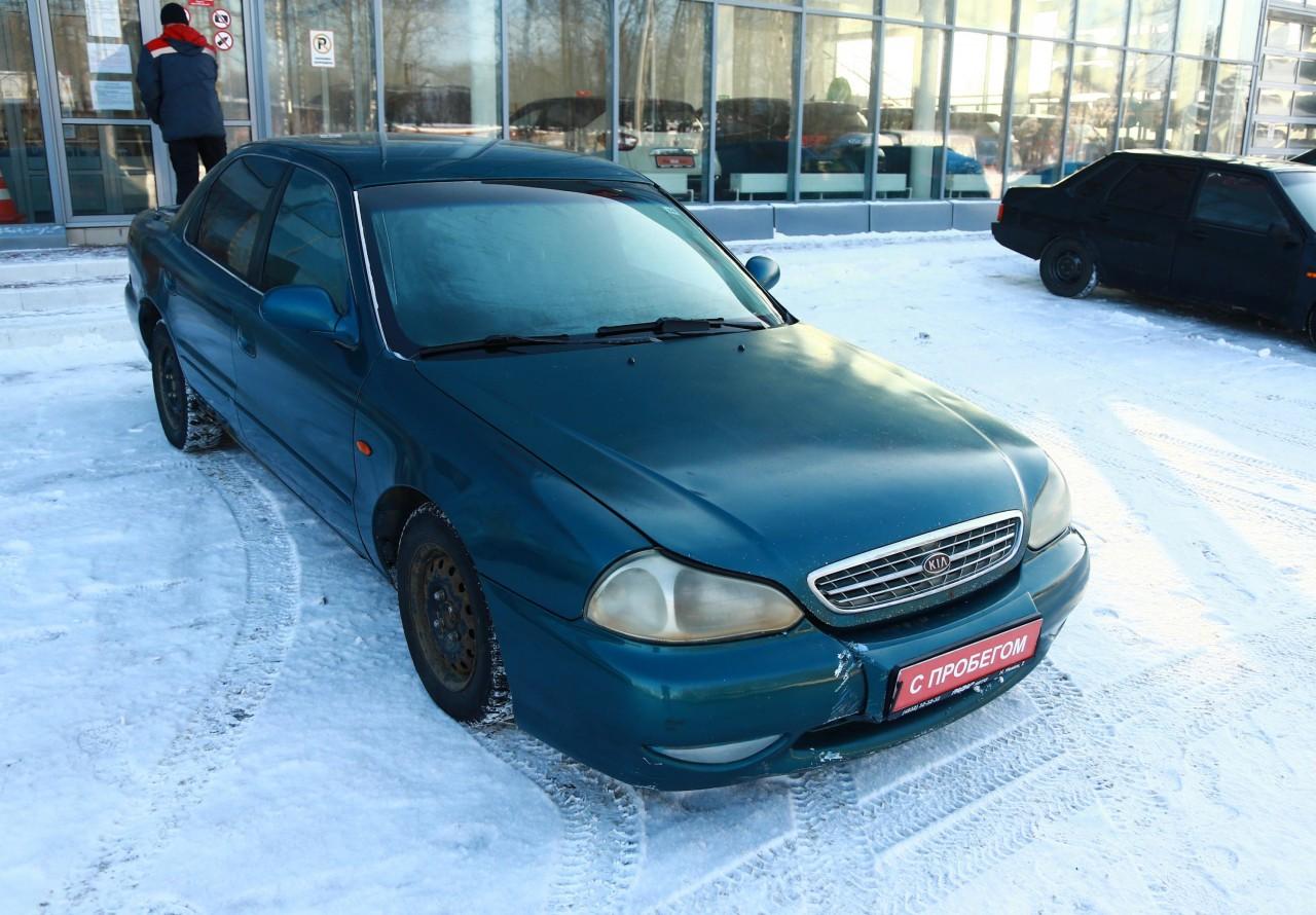 Kia Clarus Sedan 1998 - 2001