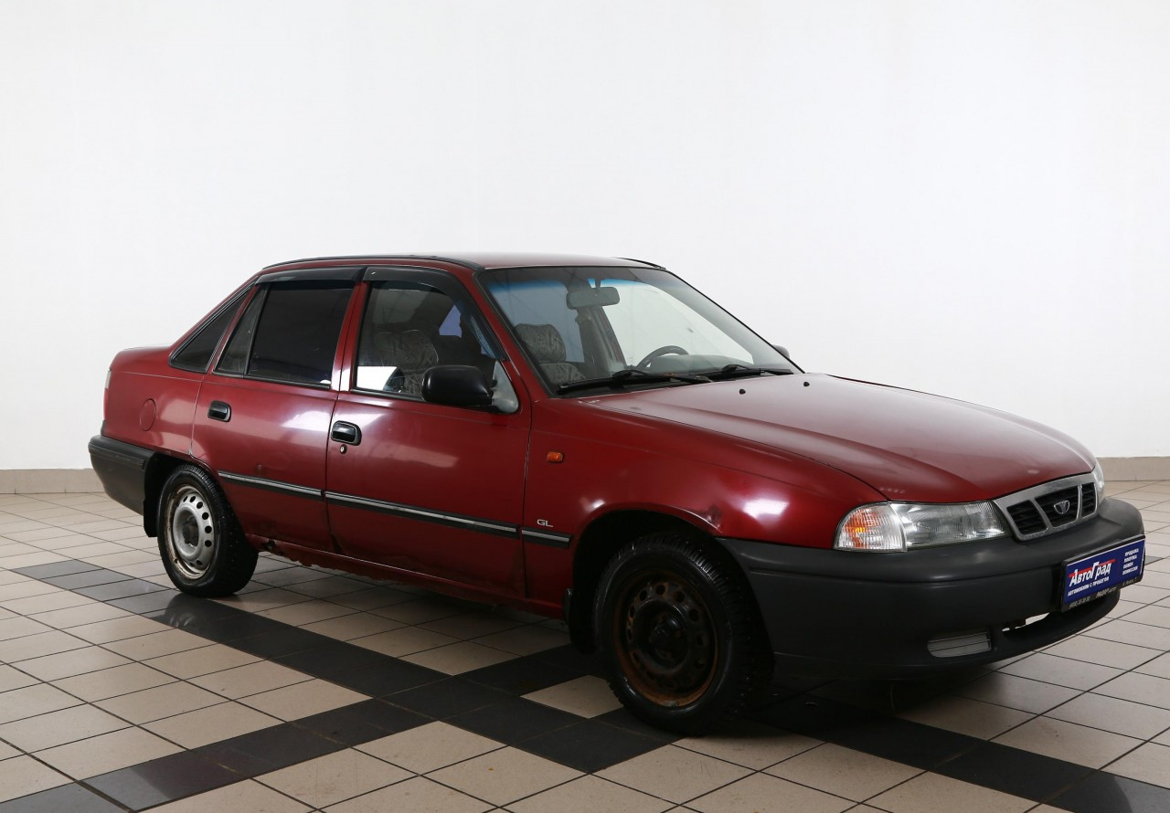 Daewoo Nexia Sedan 1995 - 2008